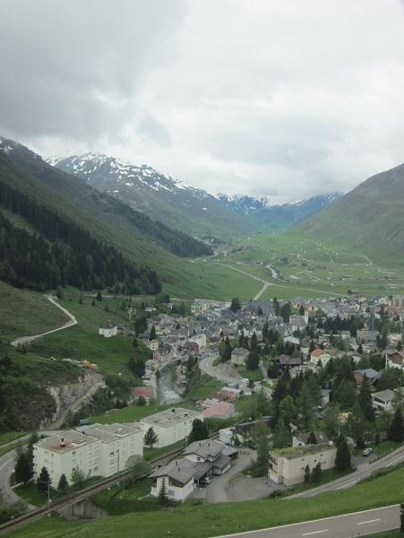 Glacier_Express_view_.JPG