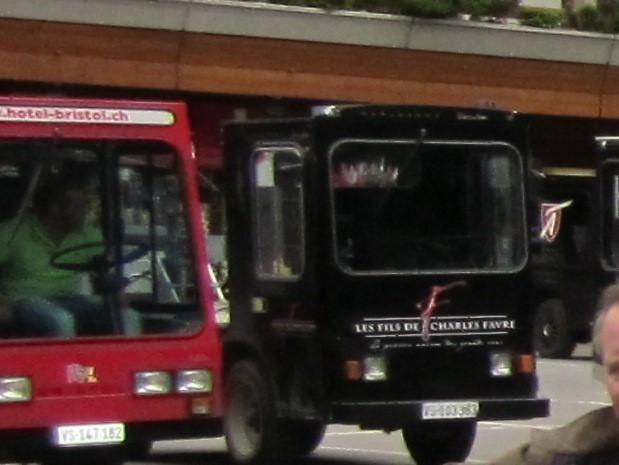 Zermatt_taxi.JPG